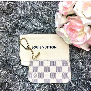 NEW with TAGS Louis Vuitton Damier Azur key Cles
